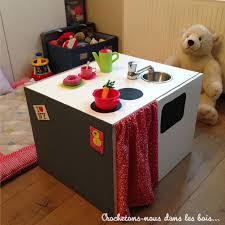 faire une cuisine pour enfant diy ma cuisine crochetons nous dans les bois