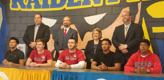 Letter Of Intent College Football by Five Blue Raiders Sign To Play College Football Press U0026 Journal
