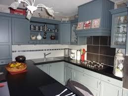 cuisine bordeaux laqué cuisine cottage avec portes en chêne massif l p n s concept et