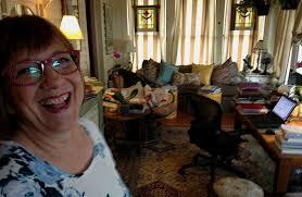 Girls Room That Have A Office Up Stairs Solving England U0027s Murders U2013 From Mckinney Texas Art U0026seek Arts