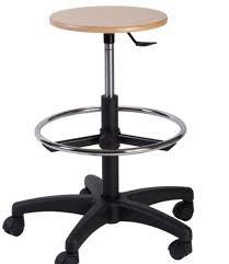 seduta sgabello sgabelli con seduta in faggio per laboratori
