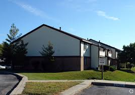 2 Bedroom House To Rent In Coventry Coventry Court West Apartments Rentals Fort Wayne In