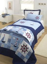 Choosing Bed Sheets by Best 25 Nautical Bed Ideas On Pinterest Nautical Bedding