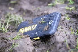 Rugged Outdoors Dewalt Md501 A Phone Designed For The Rugged Outdoors I