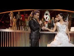 katniss everdeen wedding dress costume see katniss everdeen s catching wardrobe with costume