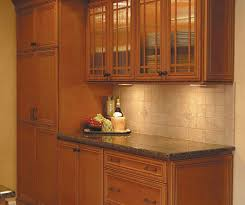 maple kitchen cabinets glazed maple kitchen cabinets homecrest cabinetry