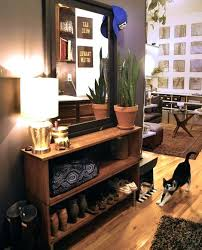 foyer decor here are cool apartment ideas decor apartment foyer decorating