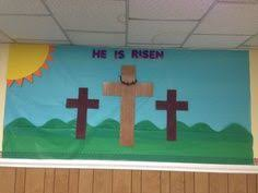 Easter Decorating Ideas For Doors by 66 Best Easter Bulletin Boards Images On Pinterest Easter