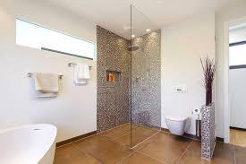 moderne badezimmer mit dusche und badewanne bäder mit duschschnecke lässig auf moderne deko ideen zusammen mit