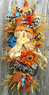 Halloween Wreath Ideas Front Door Top 25 Best Scarecrow Wreath Ideas On Pinterest Fall Wreaths