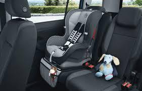 siege enfant obligatoire choisissez le siège auto adapté à votre bébé