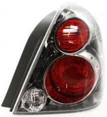 2005 altima tail lights 2005 2006 nissan altima tail light replacement nissan tail light