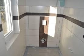 badezimmer in braun mosaik bordüre badezimmer braun superlativ auf badezimmer mit fliesen