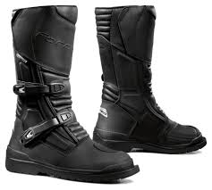 best street motorcycle boots forma cape horn boots revzilla
