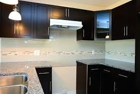 poignee porte cuisine design peinture laque brillante pour meuble poignee porte cuisine 29