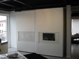 armadio a muro prezzi stunning armadi scorrevoli prezzi photos modern home design