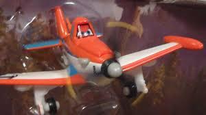 racer dusty 2015 disney planes fire rescue diecast