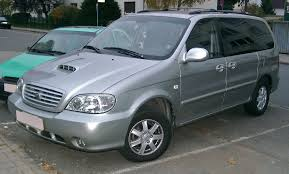 kia carnival history of model photo gallery and list of