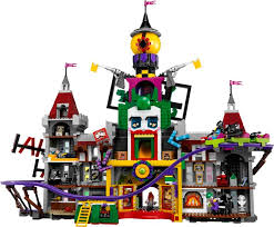 black friday lego 2017 lego have revealed the massive 70922 the joker manor set and it u0027ll