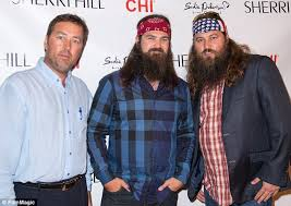 duck dynasty hair cut duck dynasty pictured without beards before they were famous