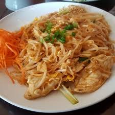 Seeking Pad Thai Rice Thai Sushi Asian Fusion Closed 67 Photos 90 Reviews