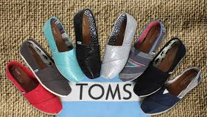 wedding shoes toms pay it forward with tom s wedding shoe collection brie richards