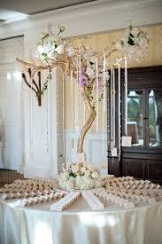 wedding ideas 21 ways incorporate gold decorations u0026 details