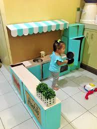 fabriquer une cuisine enfant comment créer une mini cuisine en pour votre enfant