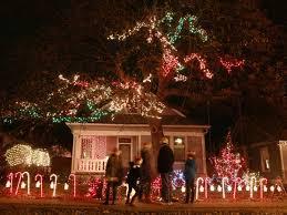 37th street lights austin 37th street s lights an austin holiday tradition ebbs and flows b