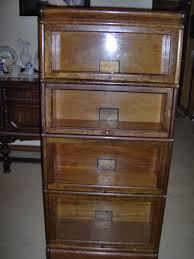 antique globe wernicke 3 4 size bookcase 25 in quarter sawn
