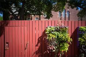 Urban Wall Garden - vertical gardening for urban spaces home