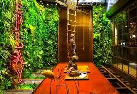 Indoor Vertical Gardens - 6 luscious living vertical gardens bring a breath of fresh air