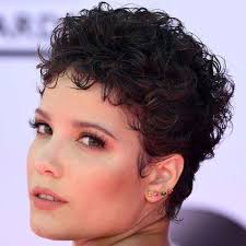 even hair cuts vs textured hair cuts these hair trends are going to take over salons in 2018 southern
