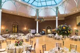 wedding venues in dayton ohio indoor wedding with cultural and floral elements in dayton ohio