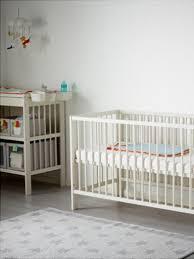 what are some gender neutral nursery decor ideas that aren u0027t