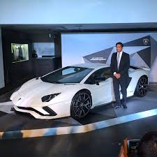 lamborghini aventador features lamborghini aventador s launched in india check out its features