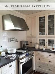 Classic Kitchen Colors Best 25 Timeless Kitchen Ideas On Pinterest Kitchens With White