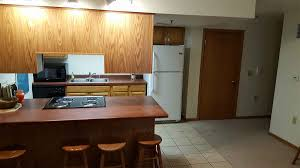 4 bedroom apartments madison wi central properties madison apartments as close to cus as it gets