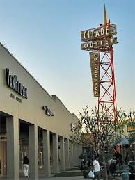 factory outlet malls in los angeles