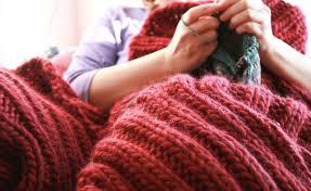 crochet home decor 6 cozy chunky knit home decor items you can diy