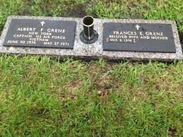 Flat Grave Markers With Vase Floridamonument Com Custom Monuments Cemetery Headstones Bronze