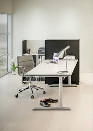 Stand Sit Desks by Quadro Sit Stand Desk Individual Desks From Cube Design Architonic
