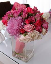 bridal bouquet cost what is the average cost of bridal bouquets and wedding flowers