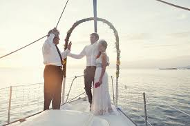 wedding on a boat nicaragua elopement on a boat