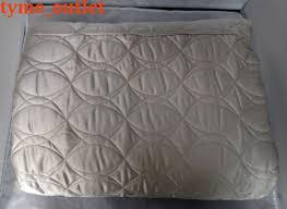 Hotel Collection Coverlet Queen Hotel Collection Coverlet Oriel Jaquard Quilted Silver King Hc119