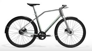 Urban Cycling Series Rolls On by Solid Series 02 Industry
