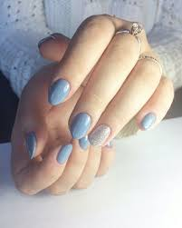 nails idea almond short beautiful tender airy blue sky silver