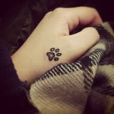 25 beste ideeën over hand tatoeage klein op pinterest