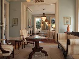 colonial interiors 5 characteristics of charleston u0027s historic homes hgtv u0027s historic