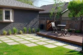 Backyard Deck Pictures by Low Platform Backyard Deck Designs With Pebbles And Fences And